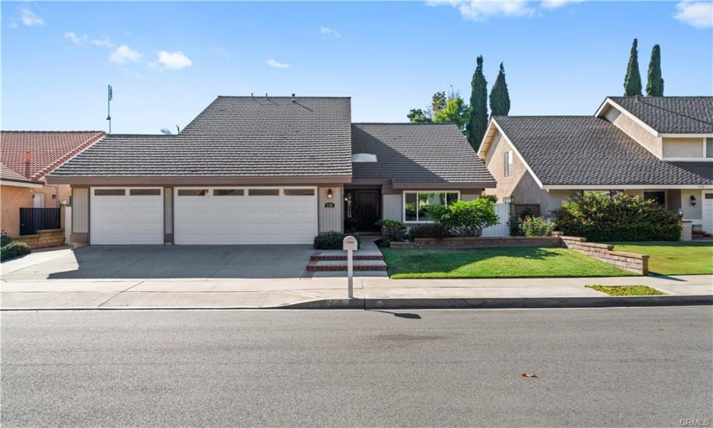 178 N. Roth, Orange, Orange, California, United States 92869, 5 Bedrooms Bedrooms, ,2 BathroomsBathrooms,Residential Home,SOLD,N. Roth,2,1175
