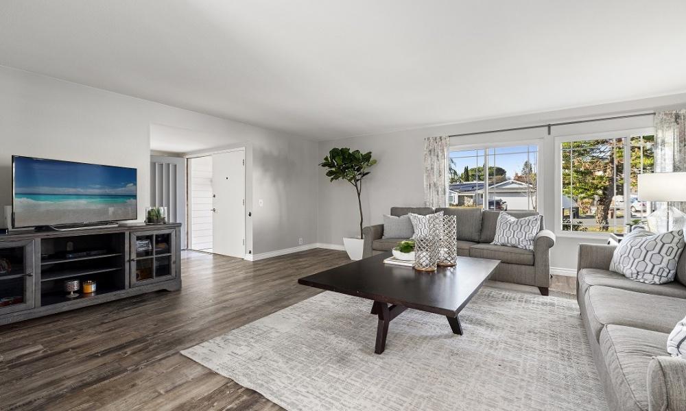 25202 Earhart, Laguna Hills, Orange, California, United States 92653, 4 Bedrooms Bedrooms, ,3 BathroomsBathrooms,Residential Home,SOLD,Earhart,2,1180