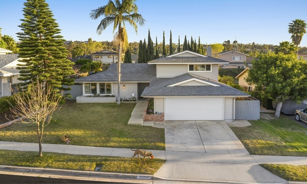25202 Earhart, Laguna Hills, Orange, California, United States 92653, 4 Bedrooms Bedrooms, ,3 BathroomsBathrooms,Residential Home,For sale,Earhart,2,1180