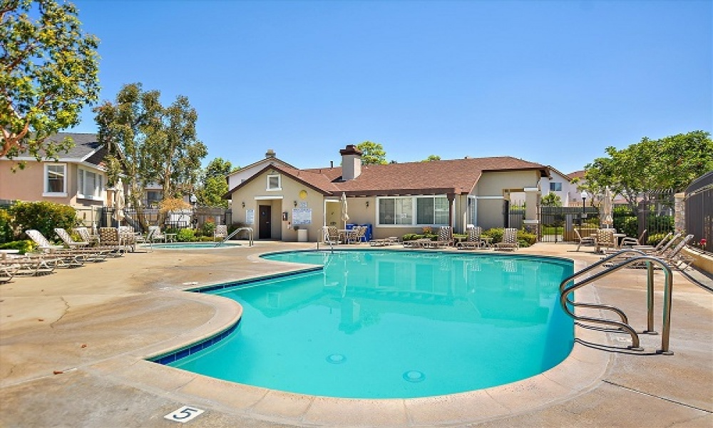 583 N. Pageant Drive #A, Orange, California, United States 92869, 3 Bedrooms Bedrooms, ,2 BathroomsBathrooms,Residential Home,SOLD,N. Pageant Drive #A,3,1208